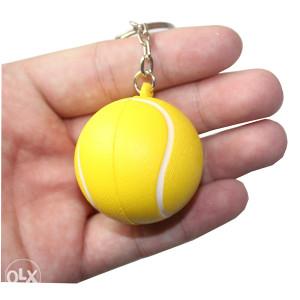 Teniska loptica privjesak