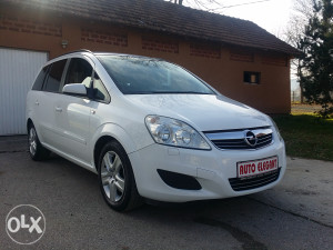 Opel Zafira 1.9 CDTI 2009 god Facelift