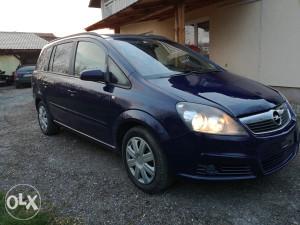 Opel Zafira 1.9 2007 god