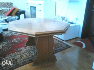 Klupski sto / puno drvo