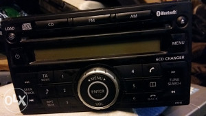 CD RADIO--BLUETOOTH--6 CD CHANGER