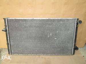 Hladnjak Golf 3.TD..1,9../ 061-100-147...