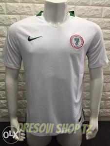 NIGERIJA away kit