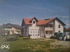 Prodajem kucu i plac u Srebrenik-Špionica