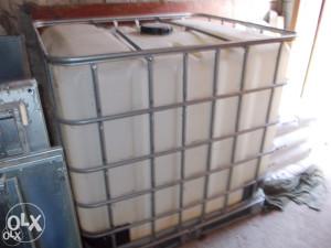 cisterna za vodu od 1000 L