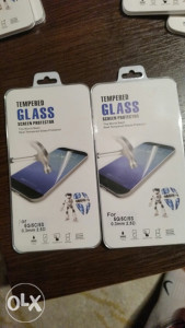 IPHONE 5 5C 5S TEMPERED GLASS