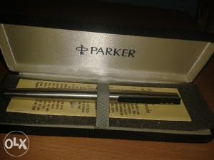 "Naliv pero ""Parker"""