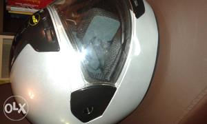 Kaciga za motor ZED nova.
