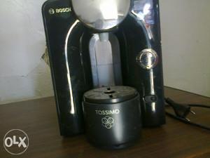 Prodajem cafe aparat kucni