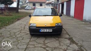 Renault clio 1.9 dizel registrovan 1800 km