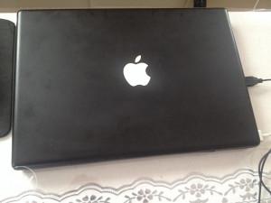 Apple MacBook A1181 Laptop