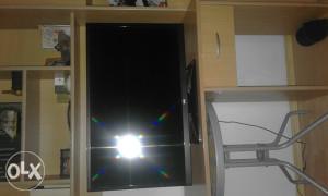 """VOX TV LED 32"""" inča 81 cm PRODAJEM"""