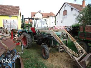 traktor Deutz Fahr sa kasikom