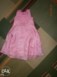 GEORGE Prekrasna haljina,uzrast 4 godine.Svečana