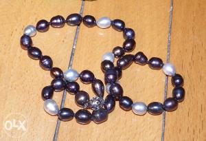 Biserna ogrlica od pravih bisera