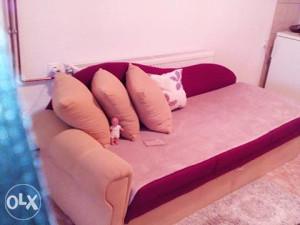 krevet na razvlacenje