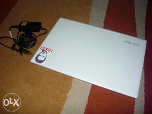 Laptop Toshiba Satellite C55-C-1KR