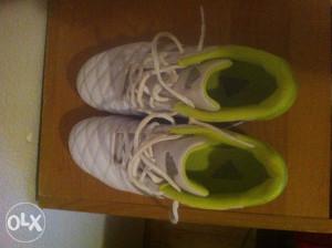 patike adidas za fudbal