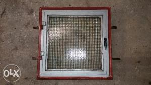 Metalni prozor