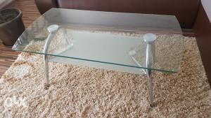 stol stakleni