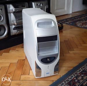 Kompjuter  Pentium 4 _ 3GHz_ 512RAMa