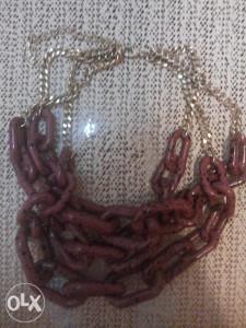 STRADIVARIUS ogrlice