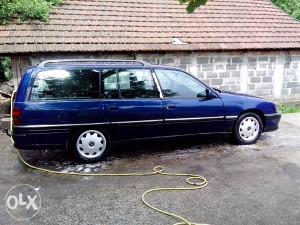 Dijelovi Opel Omega 2.3 TD 91 god. Klima,ABS,servo.....