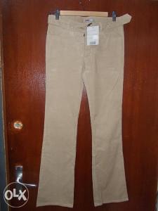 Ženske somotne pantalone vel.S
