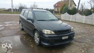 Opel Astra stranac