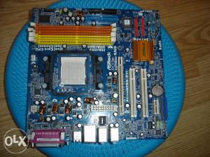 Matična ploča am2