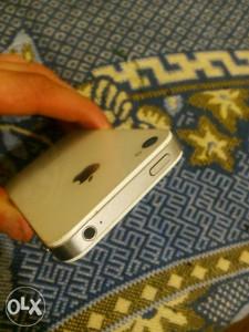 Iphone 4s tip top