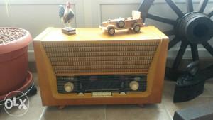 Starine antikviteti stari radio ispravan