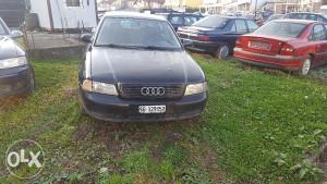 Audi 4 stranac