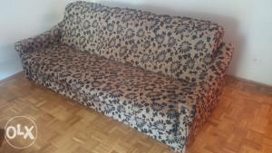 kauč trosjed