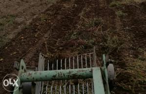 Traktorska vadilica za krompir