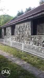 Kamena kuća Sreser