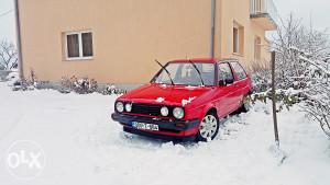 Volkswagen Golf 1.3 benz/plin (atest)