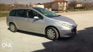 Peugeot 307, restajling, panorama,extra cijena!