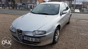 Alfa Romeo 2.0 benzin- plin god 2001