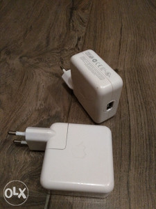 Apple iPod FireWire punjac - adapter