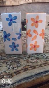 ukrasne dvije vaze,  NOVE