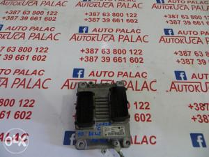KOMPJUTER MOTORA OPEL CORSA C 1.0b 0261208393 1039S08729