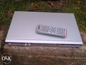 DVD PLEYER - MP3 PLEYER ....NEO....
