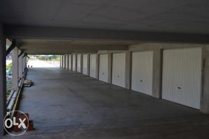 Garaze Lukavac, Lamela  A i B na spratu