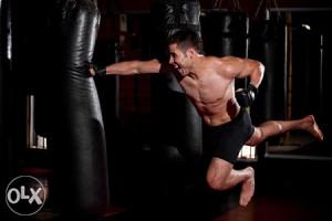 *AKCIJA Vreća za box 30kg + GRATIS MMA Rukavice Bandaže
