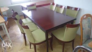 Stol i 8 stolica zeleno crvene