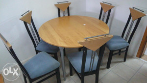 Stol i 6 stolica plavo crne bukva