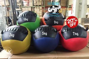 CROSSFIT trening Wall Ball lopte različitih težina
