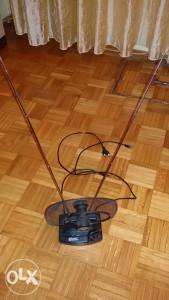 Električna sobna antena