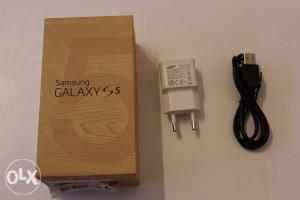 Samsung Galaxy S5 kutija, punjač i kabal